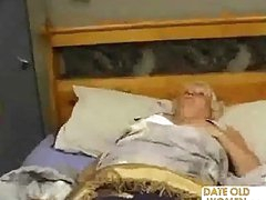 Bulky Older Fucks The Massage Boy
