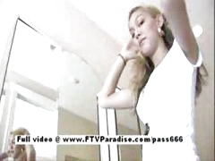 Super hawt teen blonde flashing