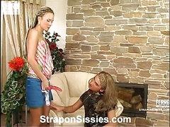 Stephana&Gilbert female dressed pair in action