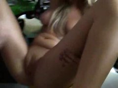 Tattoo golden-haired makes great amateur porn
