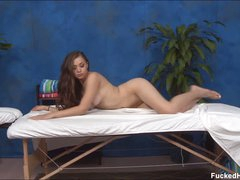 Hot Tiffany gets absolutely nude