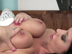 Dark brown Lexi Lowe with delicious big scoops