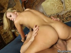 Jessie Rogers receives her muff shoved after sixtynine