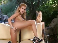 Gorgeous Nicole Graves finger fucks her wet slot