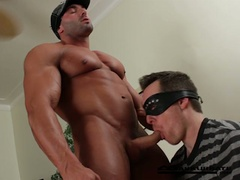 Massive muscles stripper max getting worshipped by horny dude
