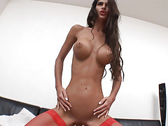 Babe enjoys riding large cock