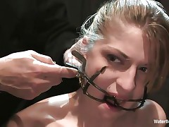 Mouth opened with a specific device Tawni Ryden is getting her daily dose of submission using a simple bowl with water and a rope that's keeping her hands and feet tied. She has such pink delicious lips and a slutty face that makes you wish to she her humiliated and in the simplest yet efficient ways possible.