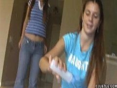 Teen Jerks her neighbour whilst her friend laughs