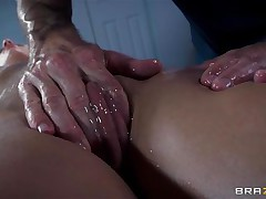 Golden-haired France slut Jessie receives a nice massage and then a unfathomable hard fuck in her ass. The hawt bitch relaxes as the guy massages her bald twat and smoking hawt hips and then she has a great time with his big hard dick in her ass. Damn this gal likes it anal