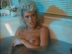 Retro bathing hotty joins him in bed for sex